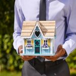 Is It Smart To Sell Your House In A Seller's Market?